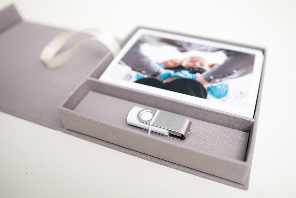 linen proof box with usb